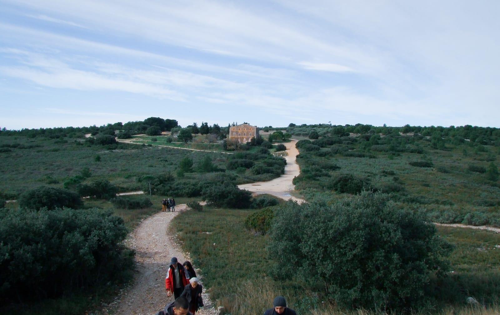 Frange ville nature Marseille Maison de chasse massif etoile ®Hermeline Carpentier